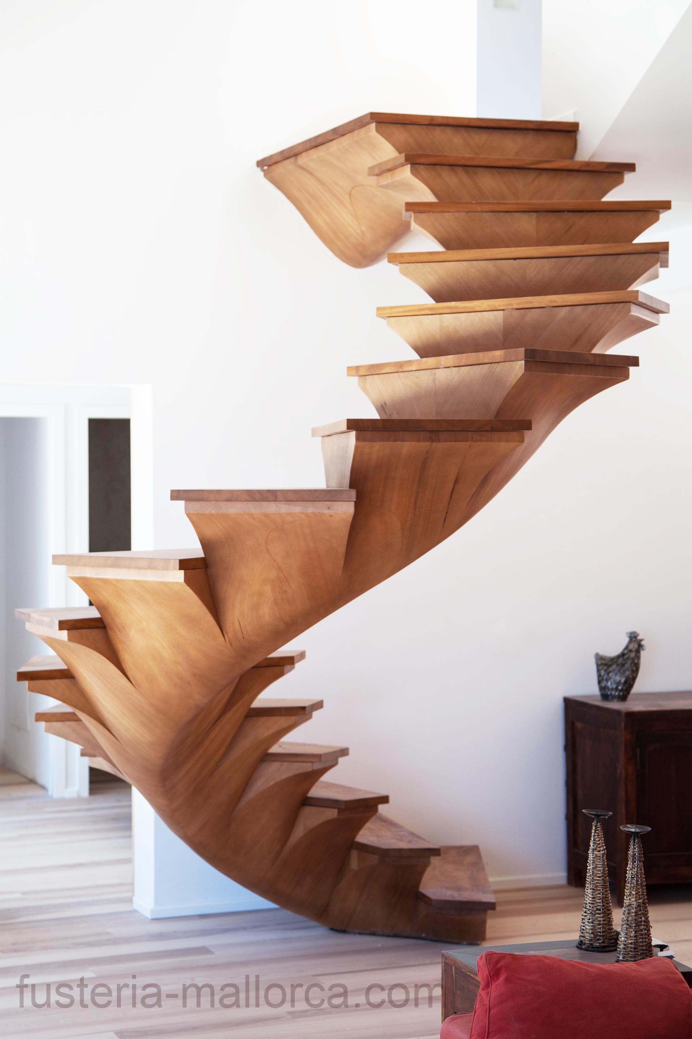 #wood #art #design #holz #kunst #design #madera #arte #staircase #wendeltreppe #escalera