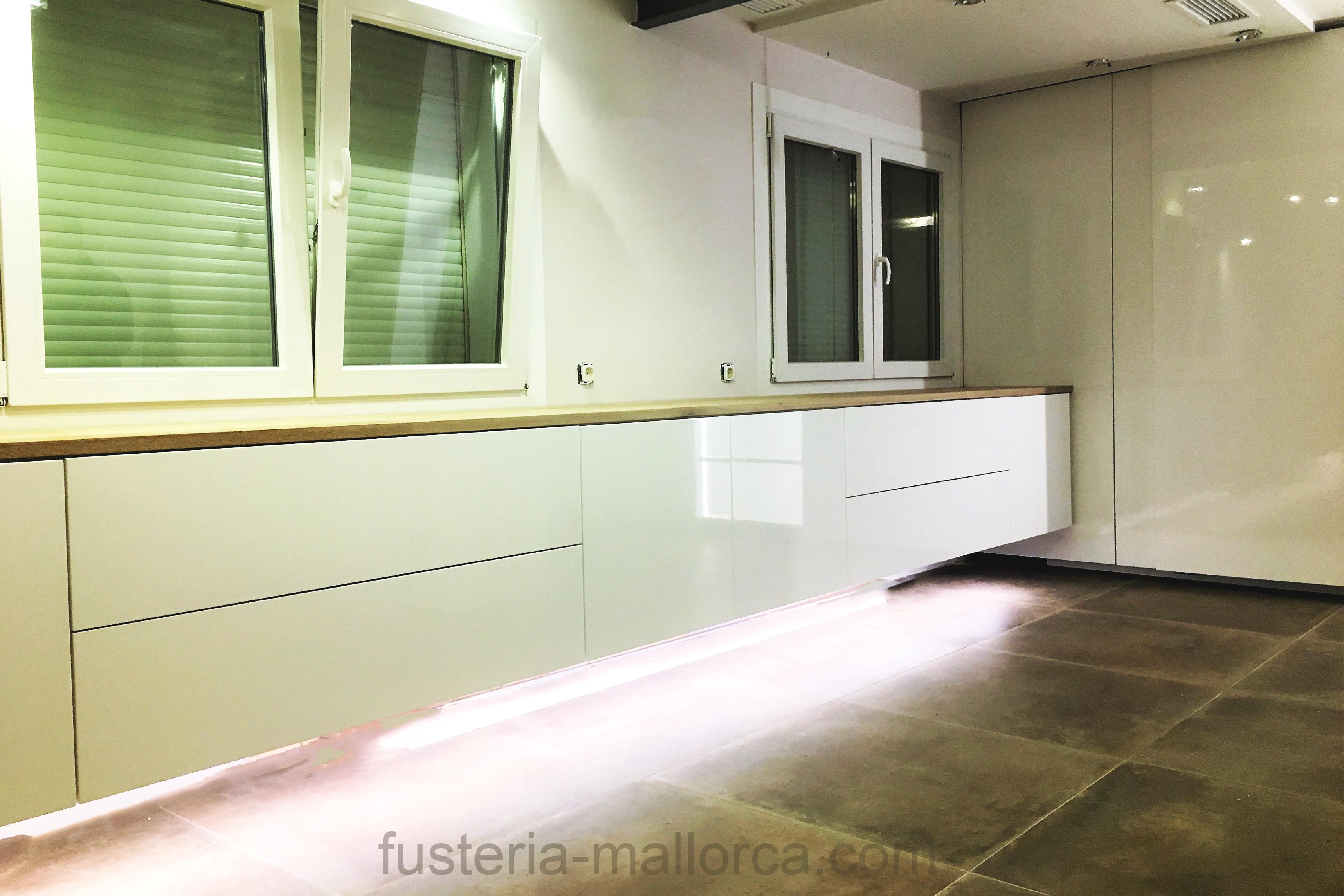 #wood #art #design #holz #kunst #design #madera #arte kitchen #küche #cocina #white #weiß #blanco